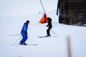 Madonna skiing in Gstaad, Switzerland - Part 2 (12)