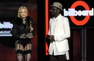 Madonna at the 2013 Billboard Music Awards - 19 May 2013 (1)
