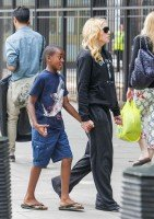 Madonna out and about in London - 27 July 2013 (4)