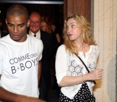Madonna at the classic music festival in Menton - 9 August 2013 (4)