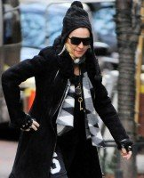 Madonna at the Kabbalah Center in New York - 30 November 2013 (2)