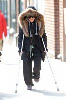 Madonna out and about on crutches in New York - 17 January 2014 (3)