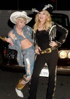 """Madonna and Miley Cyrus perform """"Don't Tell me/Can't Stop"""" Duet - Pictures and video (1)"""