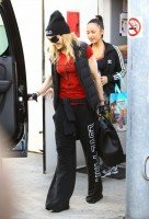 Madonna out and about in Los Angeles - 7 March 2014 (16)