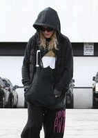 Madonna out and about in Los Angeles - 11 March 2014 (5)