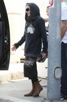 Madonna out and about in Los Angeles - 18 April 2014 (11)