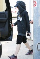Madonna out and about in Los Angeles - 22 April 2014 (2)