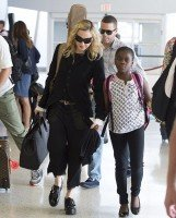 Madonna at JFK airport, New York - 28 June 2014 - Pictures (2)