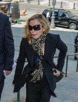 Madonna shows up for jury duty in New York - 7 July 2014 (2)