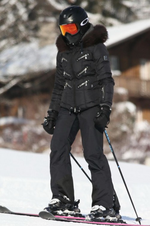 Madonna spotted skiing in Gstaad, Switzerland - 31 December 2014 (2)