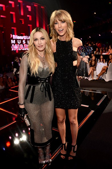 Madonna at the iHeartRadio Music Awards and Taylor Swift (2)