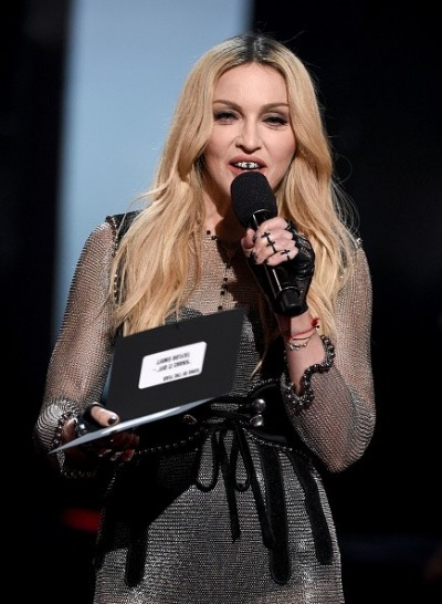 Madonna at the iHeartRadio Music Awards and Taylor Swift (18)