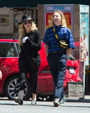 Madonna out and about in New York - 7 August 2015 (5)