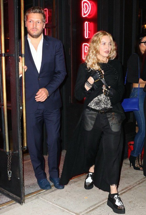 Madonna out and about in New York - 7 May 2016 - Pictures (2)