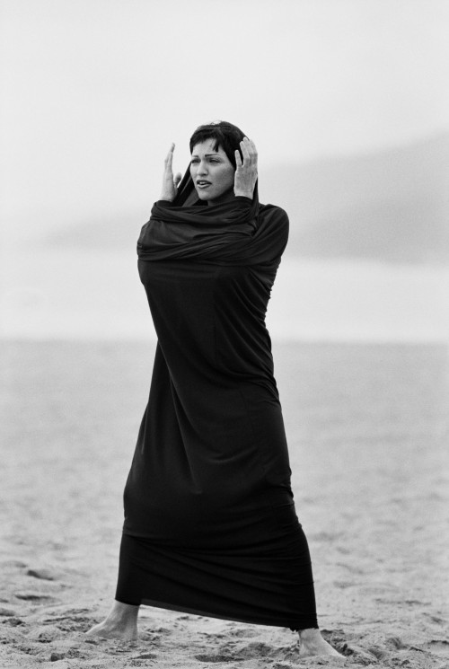 Never-Before-Seen Madonna Photographs by Peter Lindbergh 02