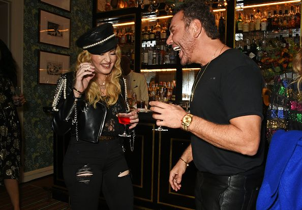 Madonna out and about in London 27 October 2016 - Pictures (26)