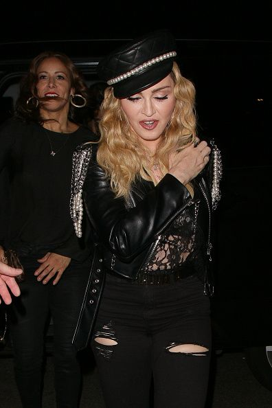 Madonna out and about in London 27 October 2016 - Pictures (61)