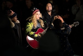 Madonna performs 5 acoustic songs at Washington Square Park  New York (2)