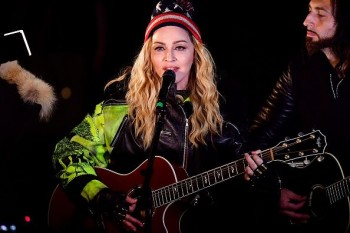 Madonna performs 5 acoustic songs at Washington Square Park  New York (52)