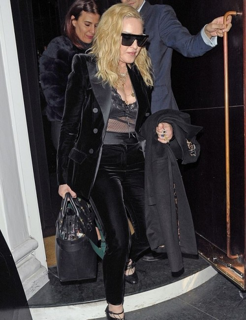 Madonna out and about in London - 29 November 2018 (3)