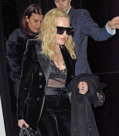 Madonna out and about in London - 29 November 2018 (17)