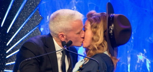Madonna and Anderson Cooper Kiss at the GLAAD Media Awards [HD]
