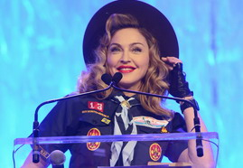 VIDEO - Madonna's Speech at the 24th annual GLAAD Media Awards 02