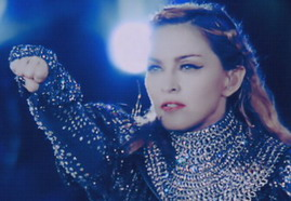 VIDEO - MDNA TOUR TEASER - I'M ADDICTED [EPIX] 02