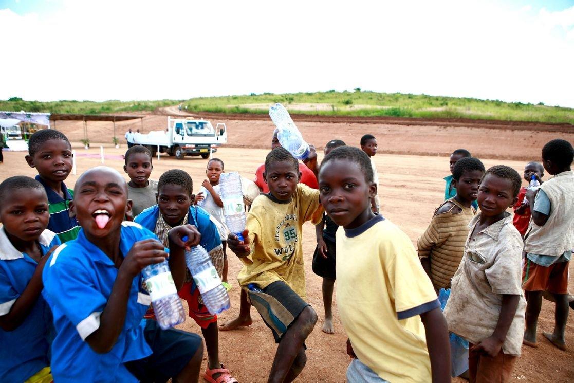 PIX - Madonna lays first brick at Raising Malawi Academy ... Raising Malawi